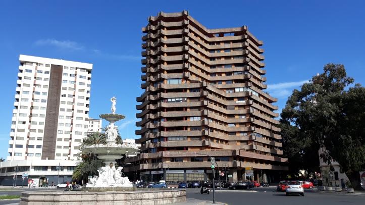 Cálculo del precio de pisos en Valencia